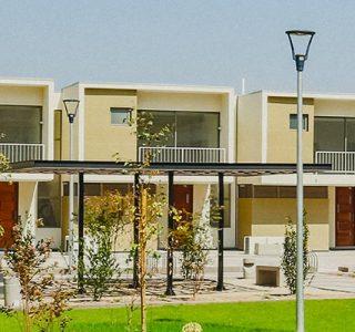 Foto frontal de casas tipo Townhouse